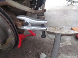 Рулевые наконечники на УАЗ Патриот: критерии выбора, инструкция по замене