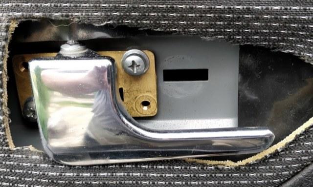Ручки в салон УАЗ Патриот: инструкция по установке и необходимые материалы