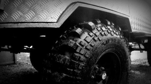 Каким должно быть давление в шинах автомобиля УАЗ Патриот.